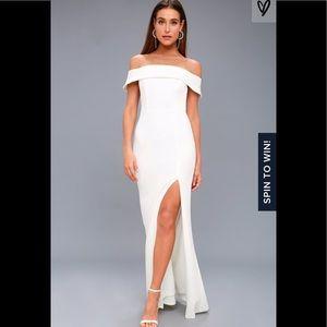 Aveline White Off-the-Shoulder Maxi Dress